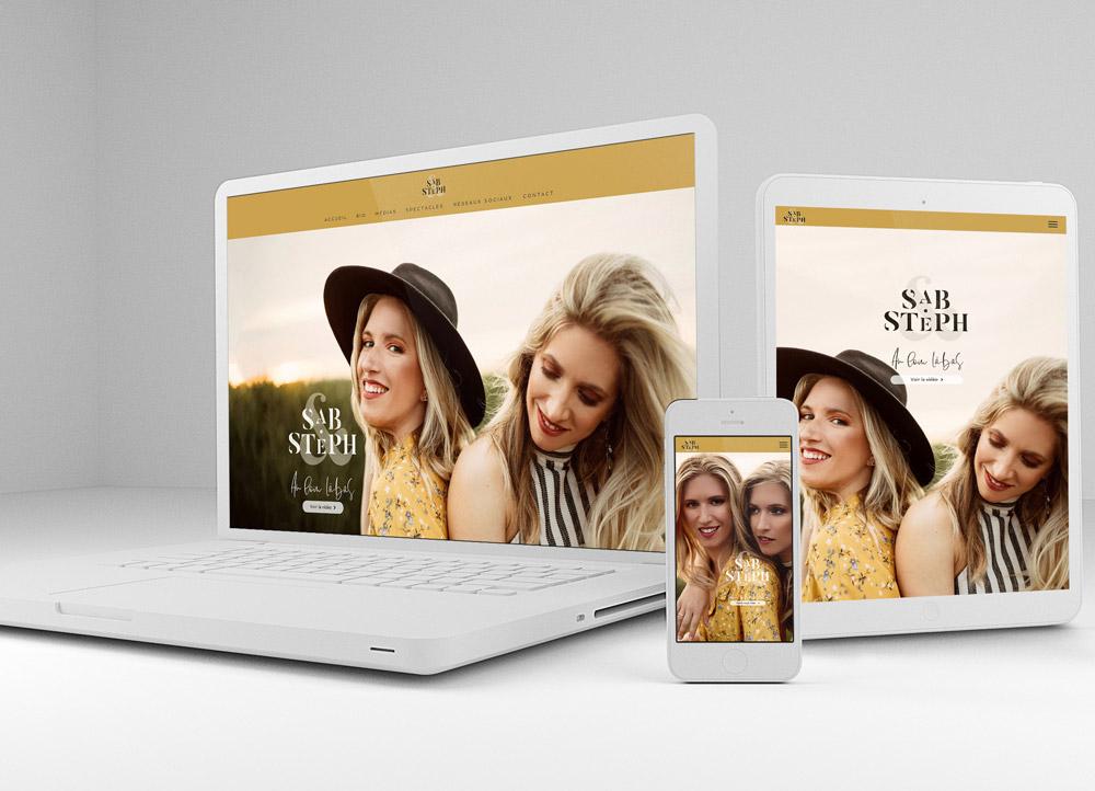 Site internet de Sab & Steph créé par l'Agence BeeCom